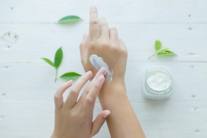 A CBD a legfelkapottabb új hatóanyag a bőrápolásban